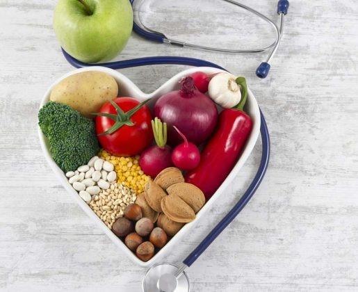 Ipertensione ed alimentazione: consigli da seguire a tavola